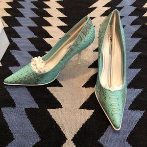 Steve Madden - blue python pointy toe heels